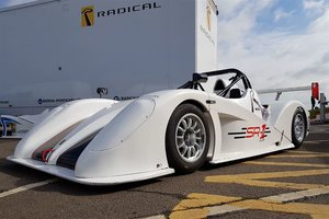 Radical Sportscars SR1 with paddleshift