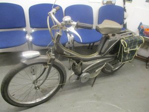 1960  s UNREGISTERED  s RALEIGH  MOPED 49cc 2 STROKE runs