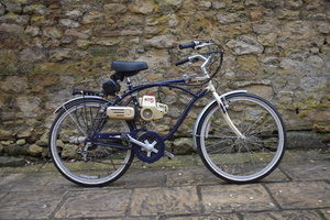 Lot 4 - A gentleman's Raleigh 6 speed bicycle - 02/2/2020 SOLD by Auction