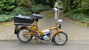 Raleigh Wisp Moped -1968-restored-very rare SOLD