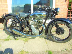 Raleigh mh32 500cc ohv twin port single.
