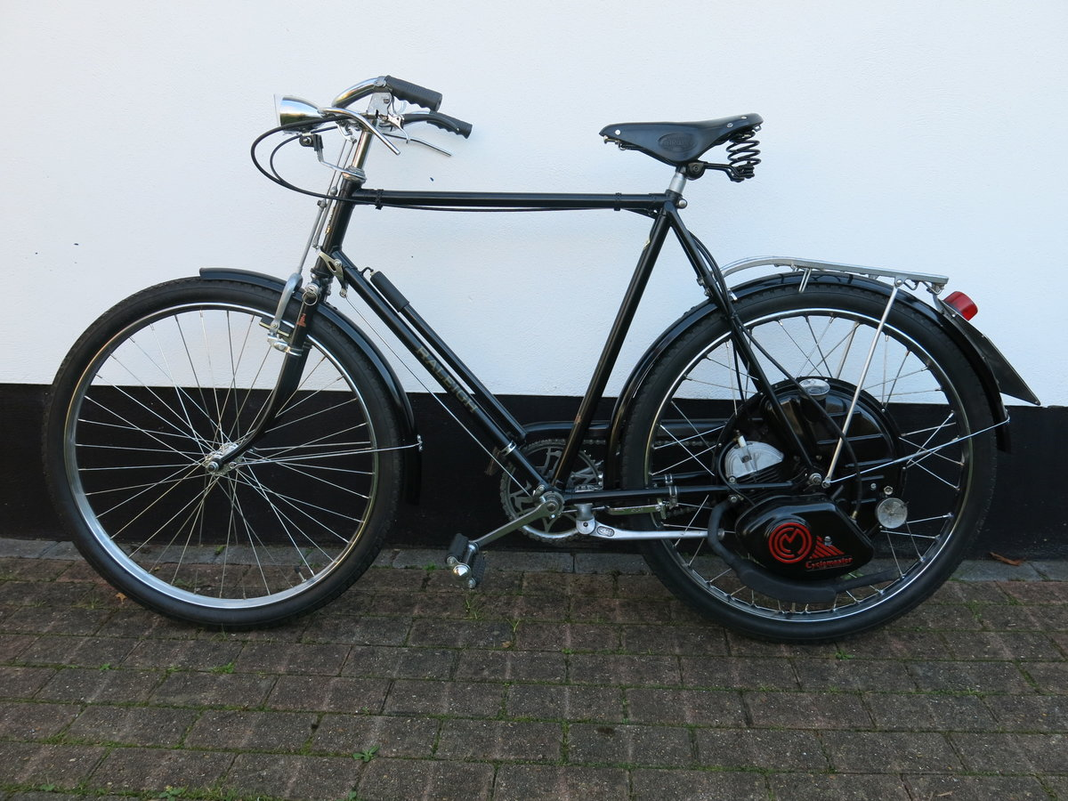 1951 Raleigh / Cyclemaster - absolutely beautiful SOLD (picture 1 of 6)