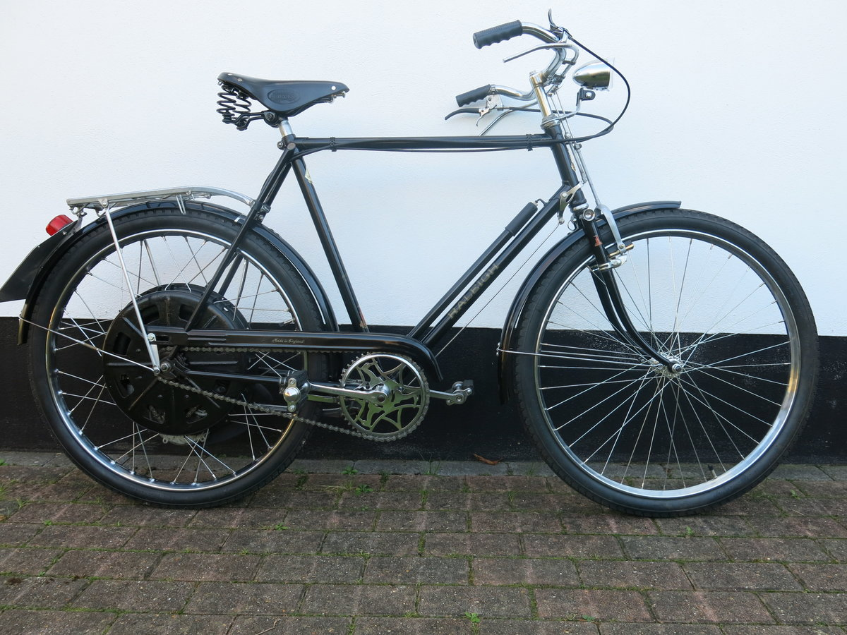 1951 Raleigh / Cyclemaster - absolutely beautiful SOLD (picture 2 of 6)