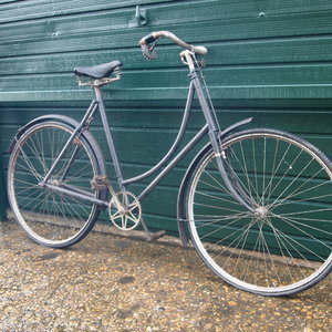 4 x Vintage Rare Old Pushbikes £400 For The Lot.