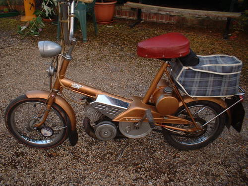 raleigh wisp moped 1967