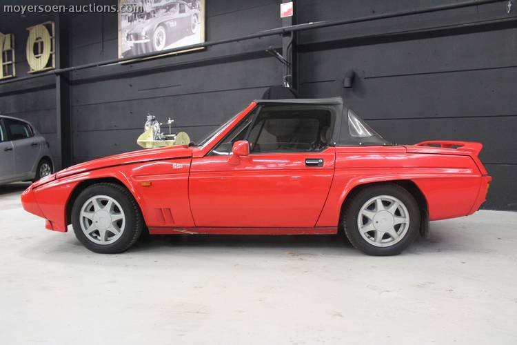 1989 RELIANT Scimitar SS1 Spider For Sale by Auction (picture 3 of 4)