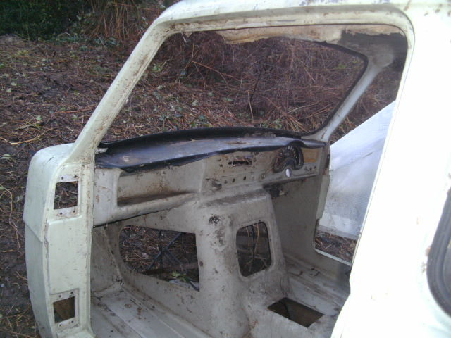 1968 Reliant Regal body parts trike project or display For Sale (picture 4 of 5)