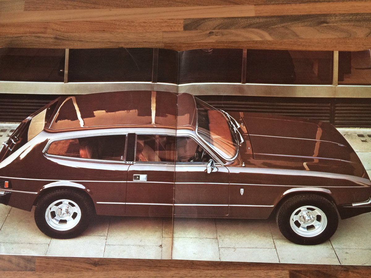 Reliant Scimitar brochure and spec sheet. For Sale (picture 5 of 6)