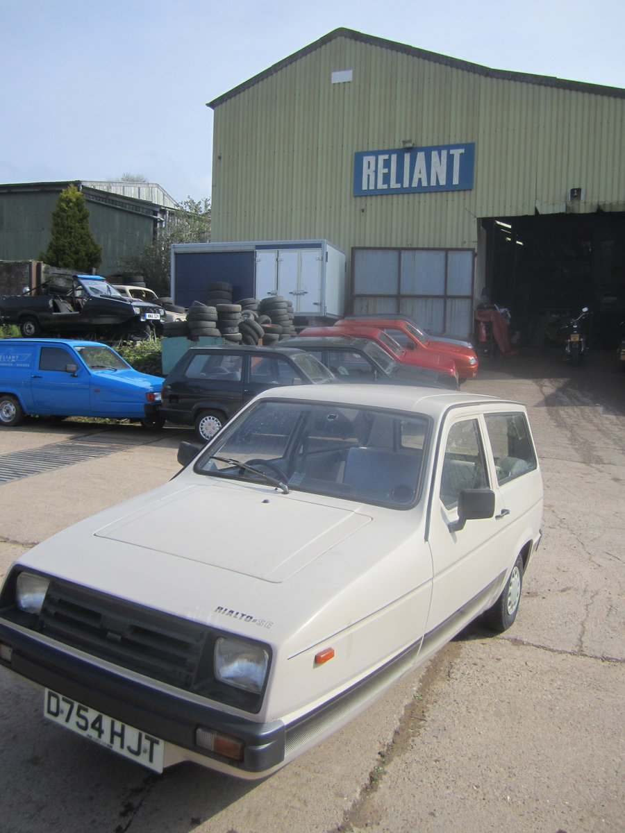 1987 Reliant Rialto estate  , 2 owners , low miles SOLD (picture 1 of 6)