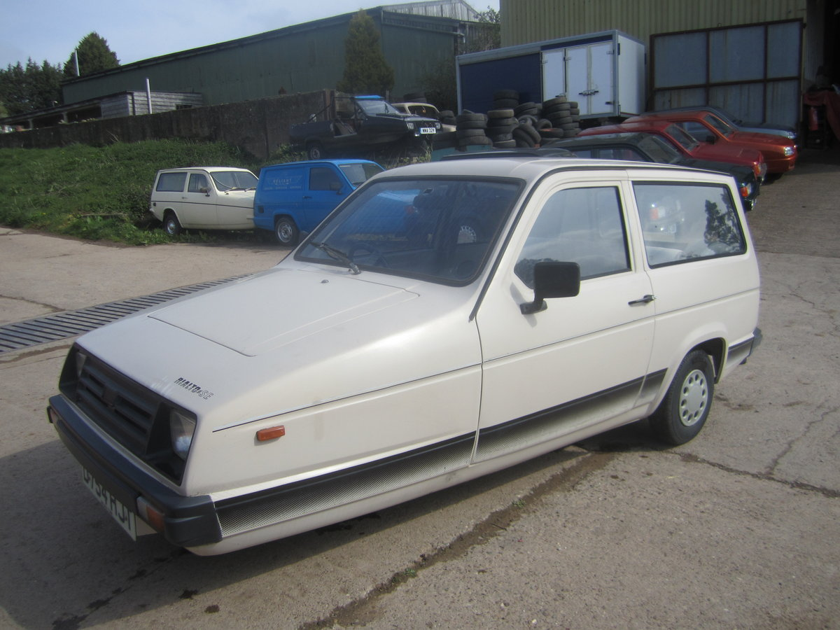 1987 Reliant Rialto estate  , 2 owners , low miles SOLD (picture 2 of 6)