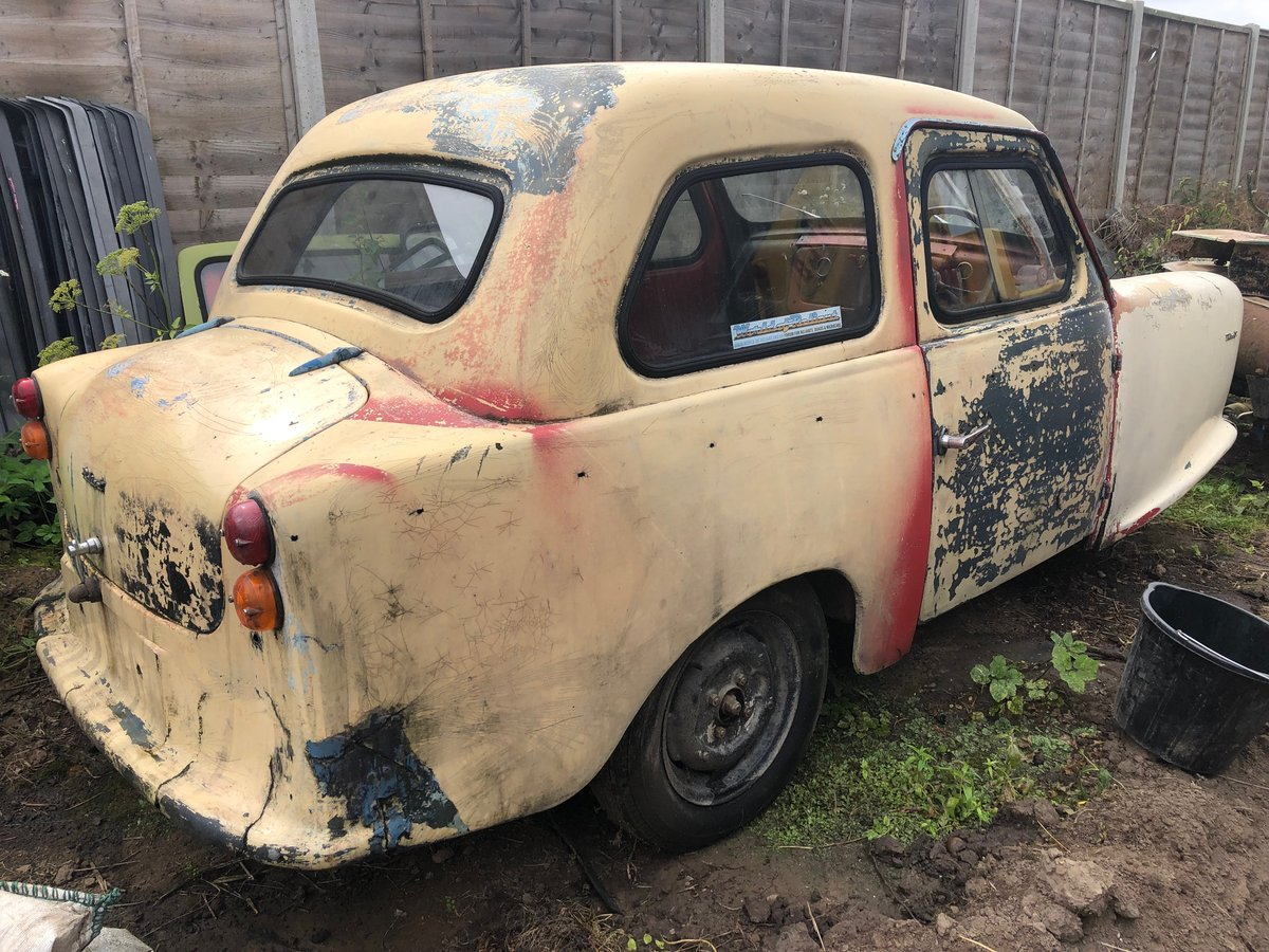 Very Rare Reliant Regal mk5, great project! For Sale (picture 2 of 5)