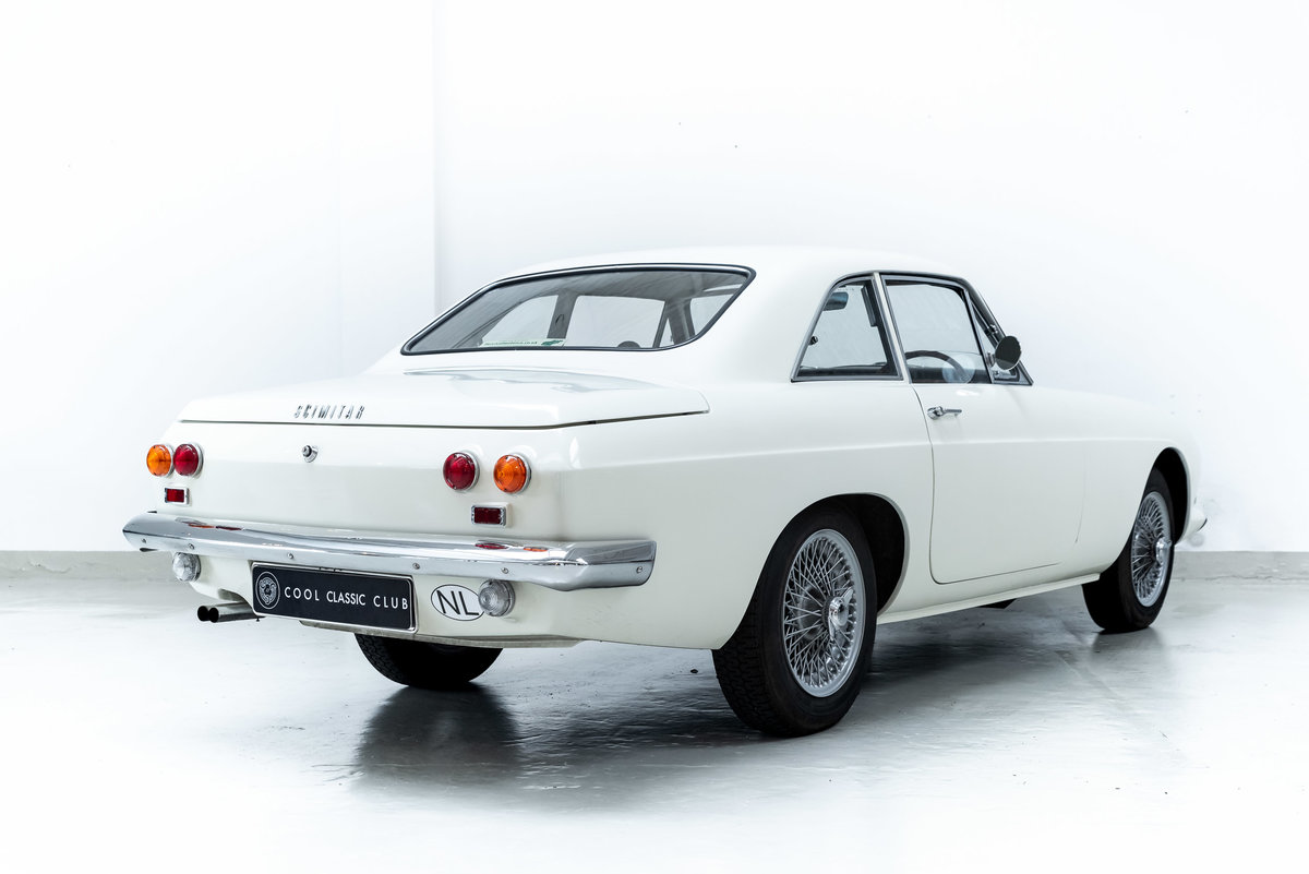 1966 Reliant Scimitar GT - Fully Restored - MINT For Sale (picture 2 of 6)