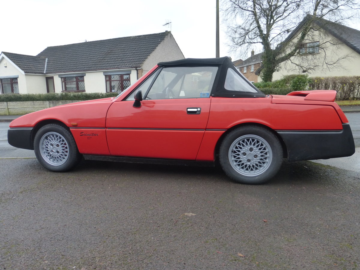 1991 Reliant Scimitar SST18ti Flame Red For Sale (picture 4 of 6)