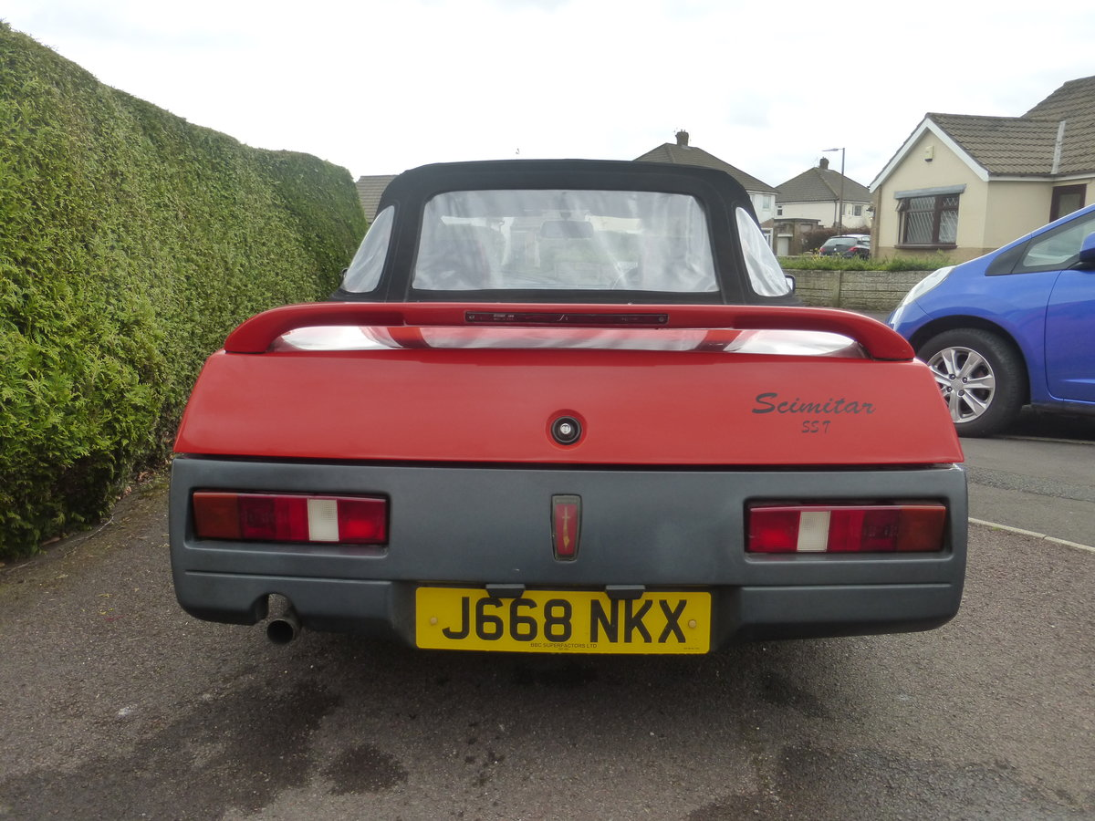 1991 Reliant Scimitar SST18ti Flame Red For Sale (picture 6 of 6)