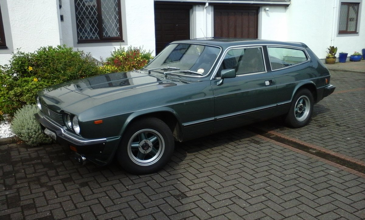 1984 Reliant Scimitar GTE SE6B For Sale (picture 1 of 6)