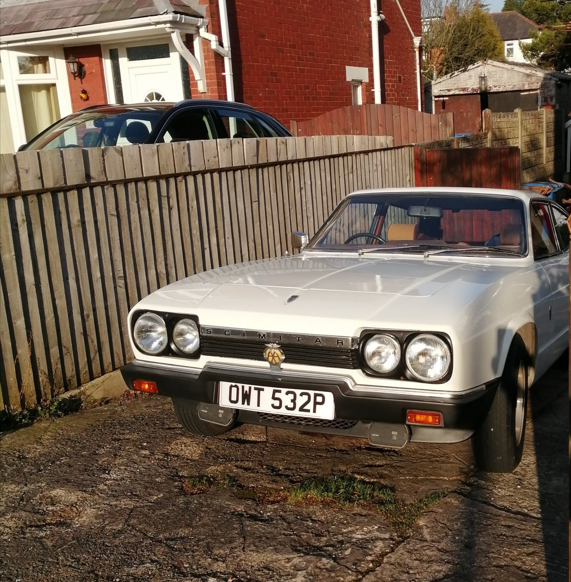 1976 Reliant Scimitar GTE 6 very low mileage SOLD (picture 2 of 6)