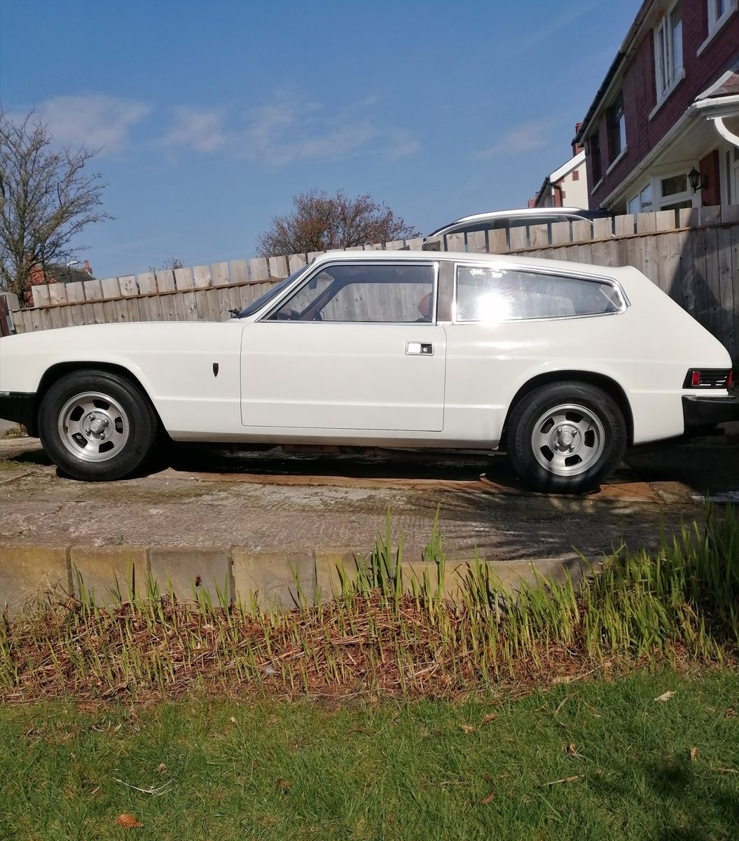 1976 Reliant Scimitar GTE 6 very low mileage SOLD (picture 4 of 6)