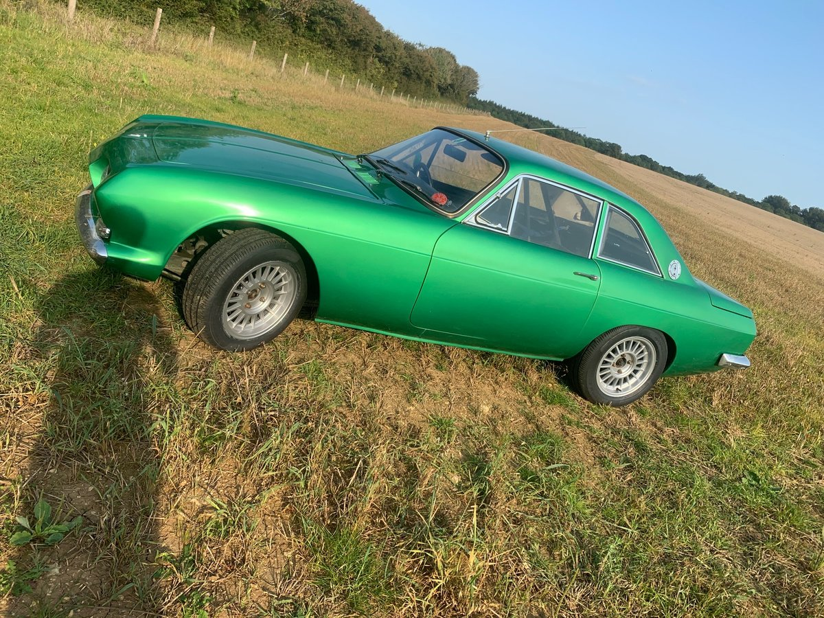 1968 Reliant Scimitar GT Coupe For Sale (picture 2 of 5)
