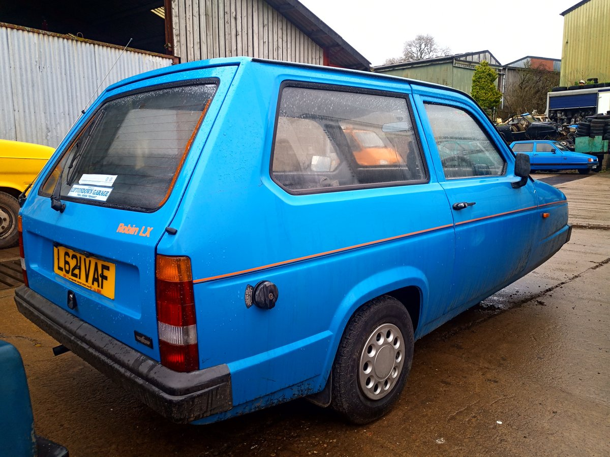 1996 Reliant Robin mk2 Robin low miles three wheeler For Sale (picture 2 of 4)
