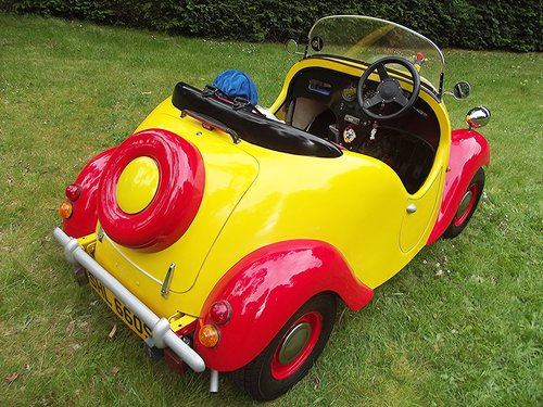 1977 NODDY CAR based on a Reliant Kitten SOLD (picture 2 of 6)