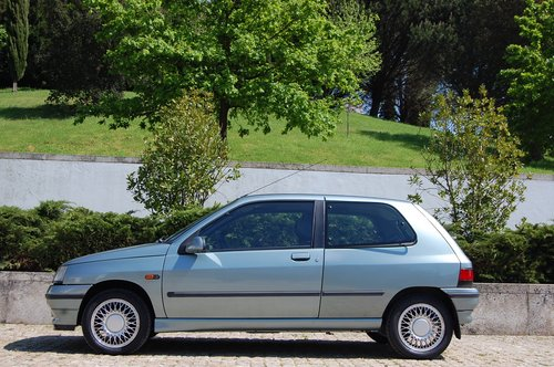 1992 Clio BACCARA 1 Owner 90.000 Kms Original Paint For Sale (picture 1 of 6)