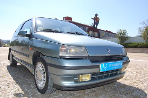 1992 Clio BACCARA 1 Owner 90.000 Kms Original Paint For Sale (picture 2 of 6)