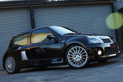 2005 Renault Sport Clio V6 255, 479 miles, 1 owner - As New. SOLD (picture 2 of 6)