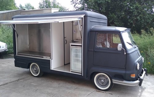 1978 ORIGINAL RENAULT ESTAFETTE FOOD TRUCK For Sale (picture 1 of 6)