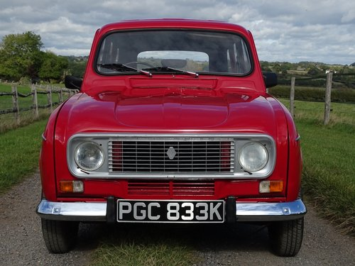 Lovely 1971 Renault 4,rare RHD car,exceptional condition. SOLD (picture 2 of 6)