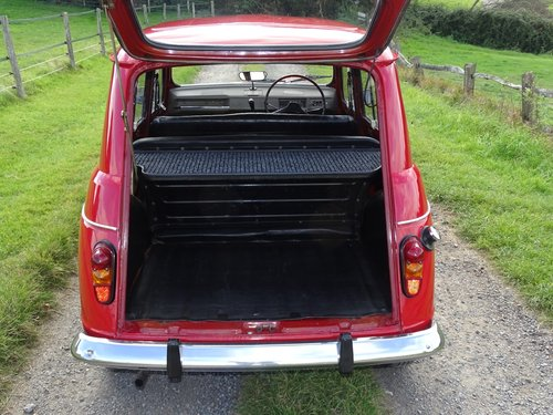 Lovely 1971 Renault 4,rare RHD car,exceptional condition. SOLD (picture 5 of 6)