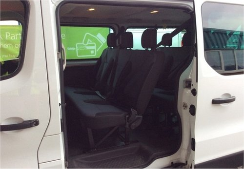 Vauxhall Vivaro 1.6CDTI 115 LWB 9 SEATER A/C CRUISE CONTROL, For Sale (picture 3 of 6)