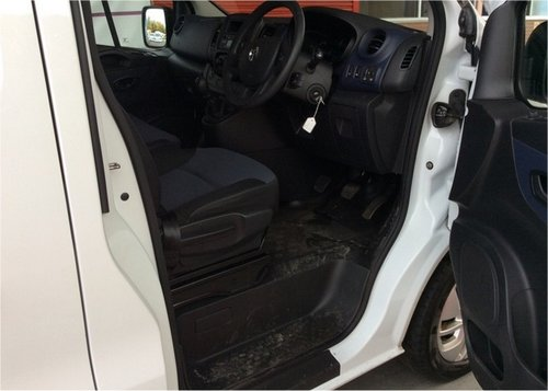 Vauxhall Vivaro 1.6CDTI 115 LWB 9 SEATER A/C CRUISE CONTROL, For Sale (picture 6 of 6)