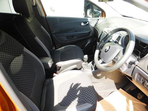 2017 (67) Renault Captur Dynamique S Nav 0.90Tce 90 For Sale (picture 3 of 6)