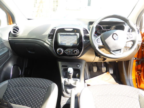 2017 (67) Renault Captur Dynamique S Nav 0.90Tce 90 For Sale (picture 6 of 6)
