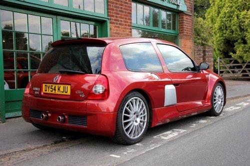 2004 Renault Clio V6 255 Hatchback  SOLD (picture 3 of 4)