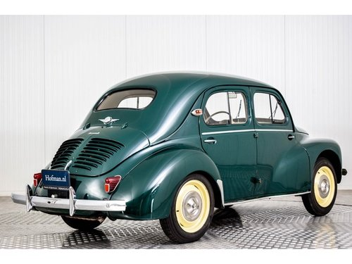1958 Renault 4CV R1062 For Sale (picture 2 of 6)