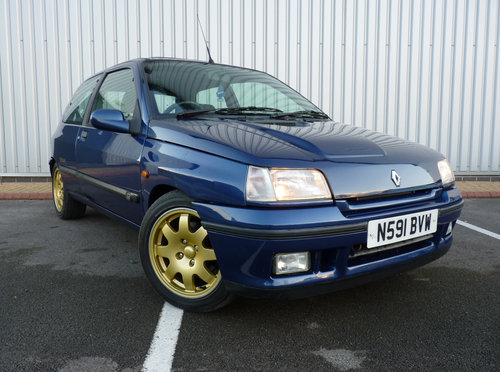 1995 RENAULT CLIO WILLIAMS *** ORIGINAL & 15 STAMPS *** For Sale (picture 1 of 6)