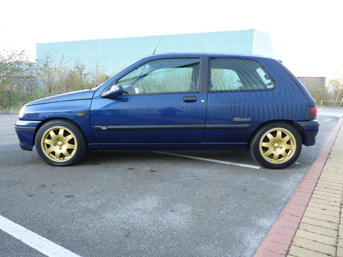1995 RENAULT CLIO WILLIAMS *** ORIGINAL & 15 STAMPS *** For Sale (picture 2 of 6)