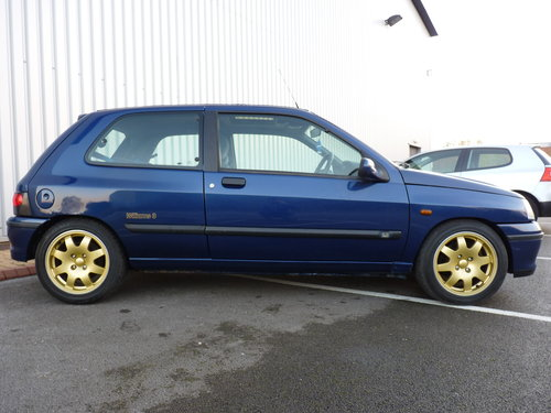 1995 RENAULT CLIO WILLIAMS *** ORIGINAL & 15 STAMPS *** For Sale (picture 3 of 6)