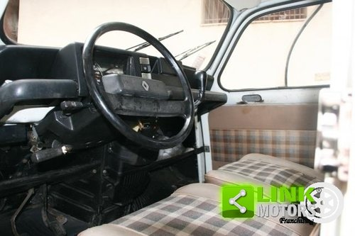 1984 Renault R 4 TL850 - BASE RESTAURO - For Sale (picture 3 of 6)