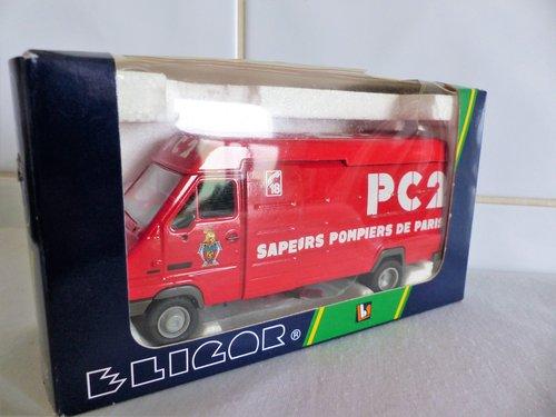 RENAULT B110-SAPEURS POMPIERS DE PARIS-1:43 For Sale (picture 4 of 6)