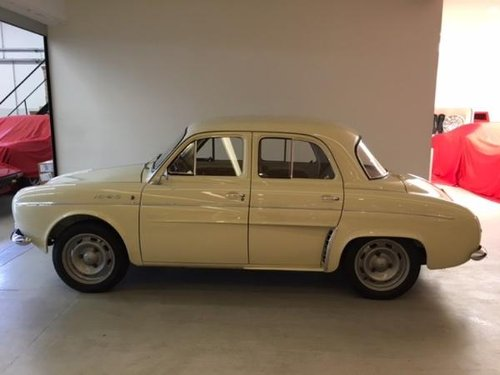 1963 RENAULT DAUPHINE 1093 For Sale (picture 3 of 6)
