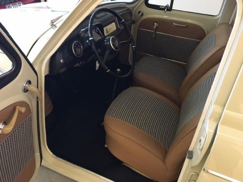 1963 RENAULT DAUPHINE 1093 For Sale (picture 4 of 6)
