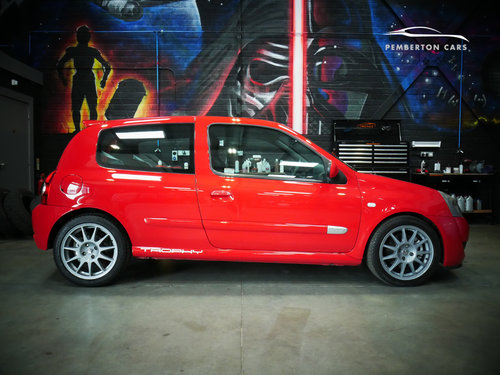 2005 Renault Sport Clio 182 Trophy X65 2.0 16V Capsicum Red SOLD (picture 1 of 6)