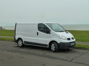 2012 RENAULT TRAFIC 2.0dCi SL29 SAT NAV VAN LOVELY CONDITION