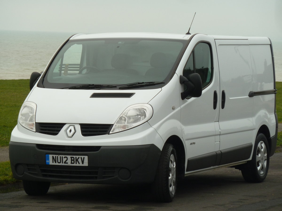 2012 TRAFIC 2.0dCi SL29 SAT NAV VAN LOVELY CONDITION LONG MOT SOLD (picture 3 of 6)