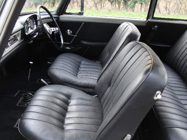 1967 Renault Caravelle, possibly the very best, huge provenance For Sale (picture 5 of 6)
