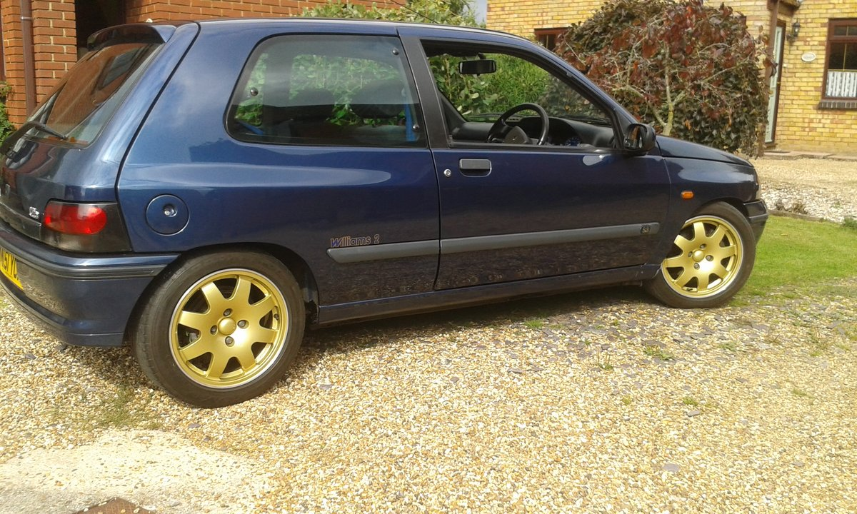 1995 Renault Clio Williams 2 For Sale by Auction (picture 2 of 6)