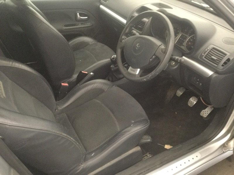 2005 RENAULTSPORT CLIO 182 RS 74000 FSH For Sale (picture 5 of 6)