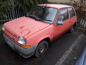 1988 Renault 5 and spare shell